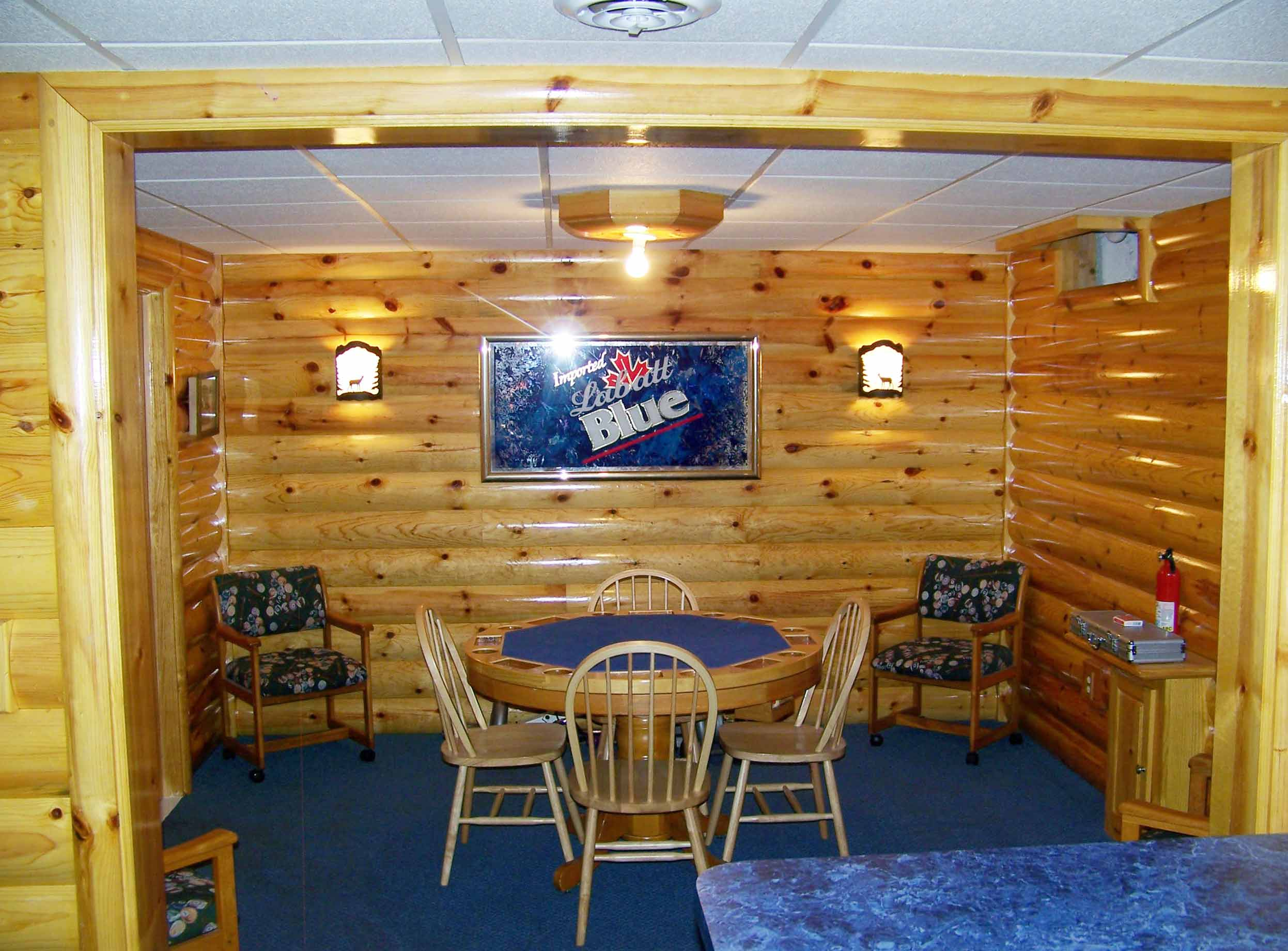 Rustic man cave build your own log cabin man cave for Man cave plans