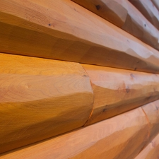 02-Log-siding_Hewn_NaturalOak