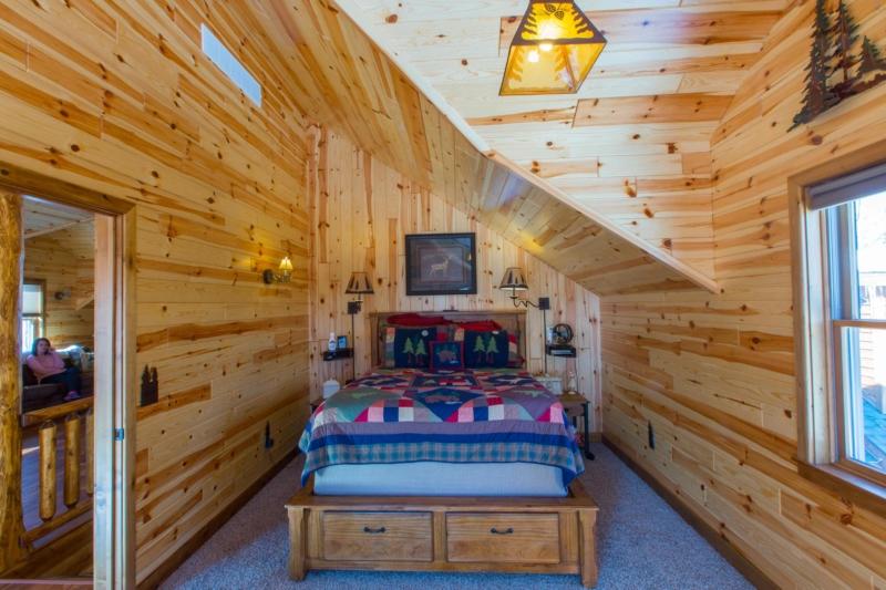 knotty pine panels