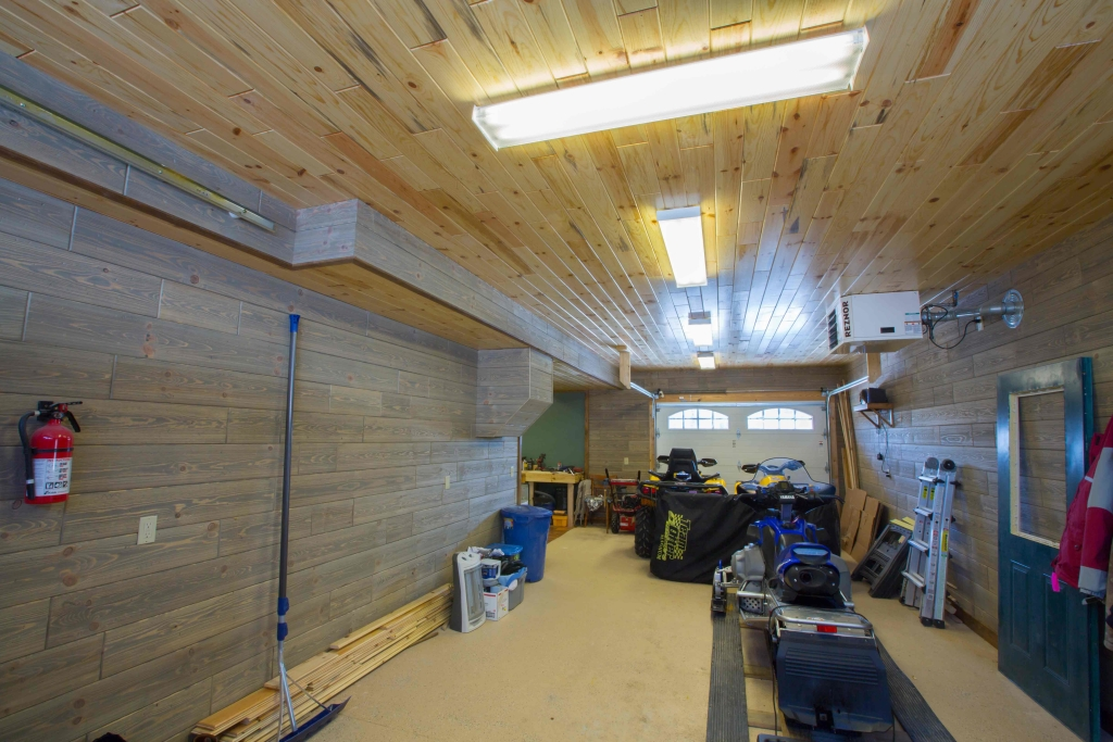 Renovating Your Garage With Our Barnwood Paneling