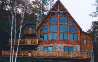 Log Siding Cottage on the Lake