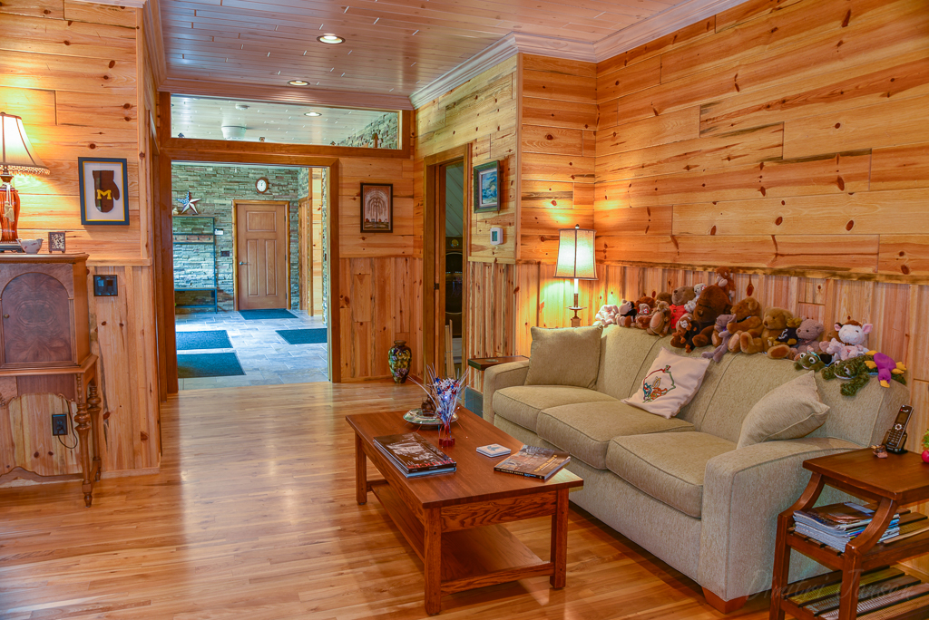 Knotty Pine Paneling Blue Stain Natural Barnwood
