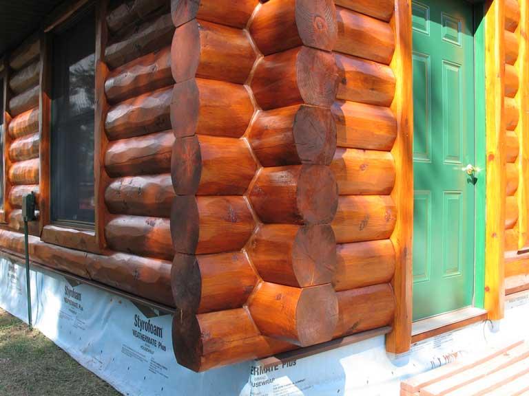 Log Siding & Saddle Notch Corners