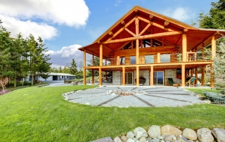 How to Choose Log Cabin Molding and Trim