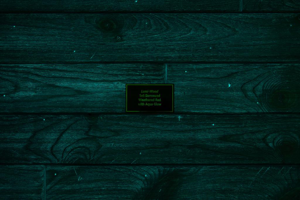 1x6 Barnwood Weathered Red w/Aqua Glow