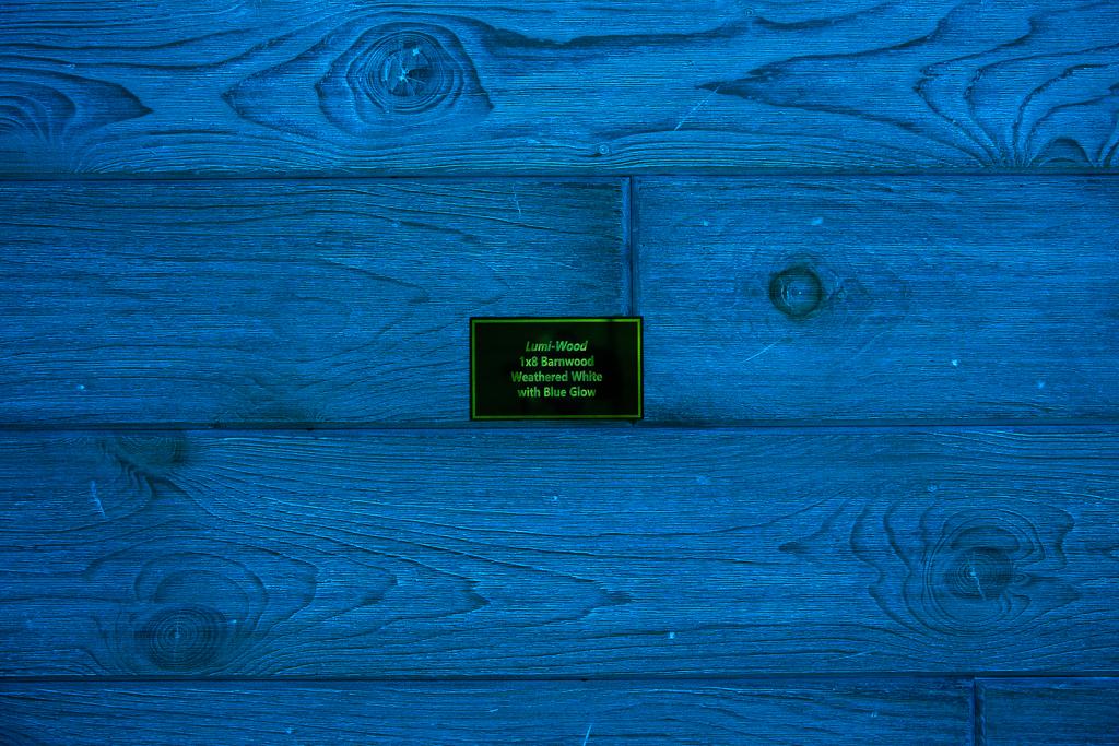 Barnwood Weathered White w/Blue Glow