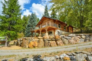 Keep Cool in a Log Cabin